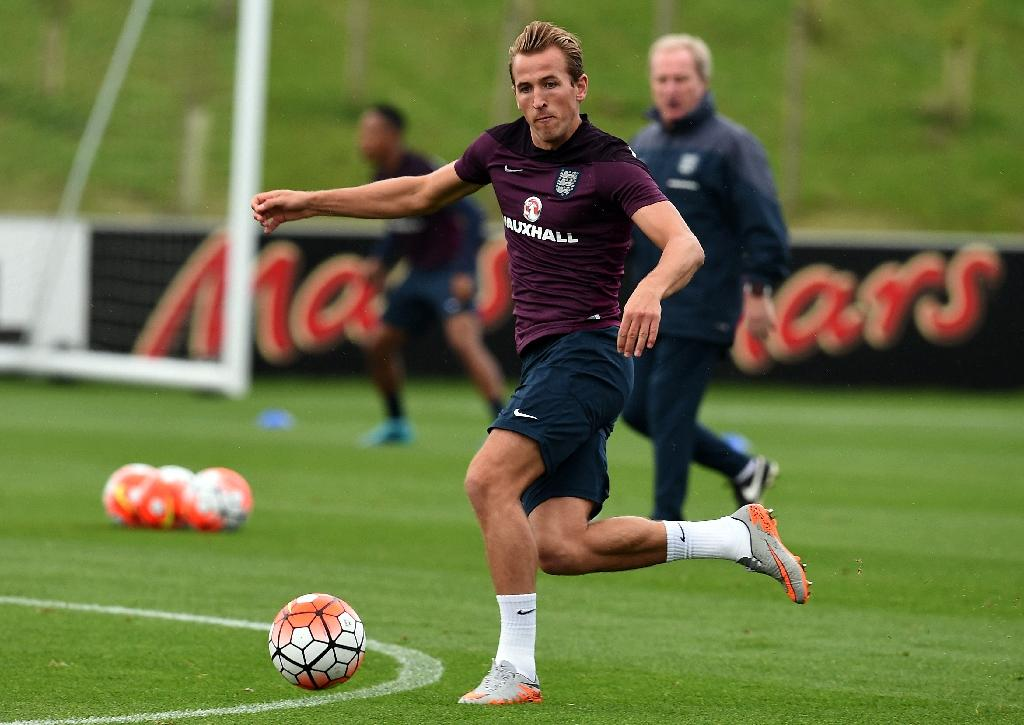 Misfiring Kane hopes to learn from Rooney
