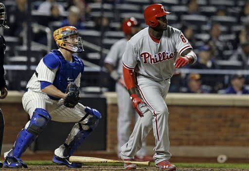 Kendrick, Howard send Phillies over Mets 4-0
