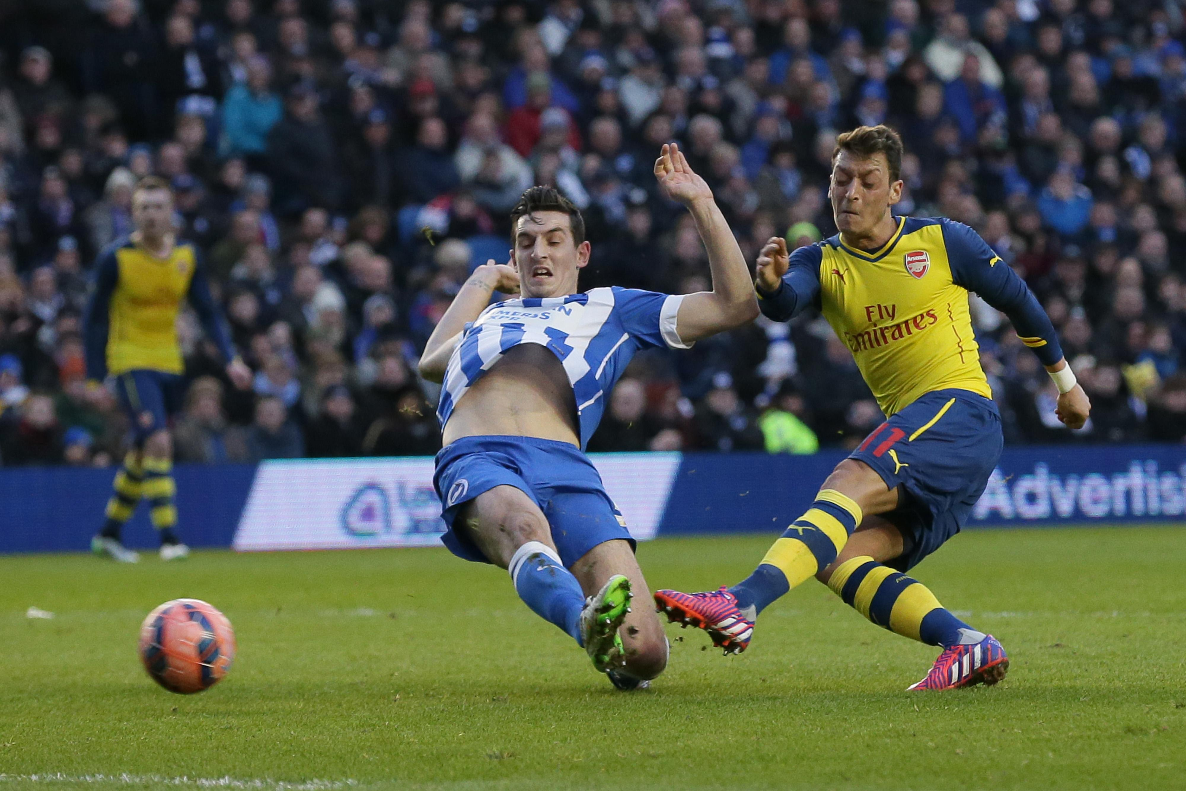 Arsenal, West Ham, Villa stem flow of upsets in FA Cup