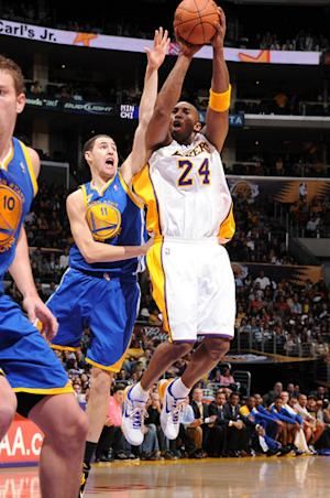 Lakers beat Warriors 120-112 behind Bryant's 40