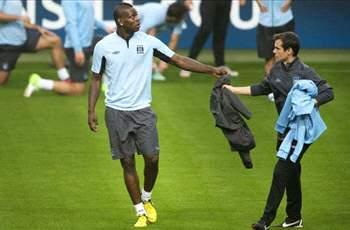 Agent: Balotelli is not leaving Manchester City