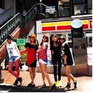 Wonder Girls&Miss-A enjoying some shopping in Tokyo