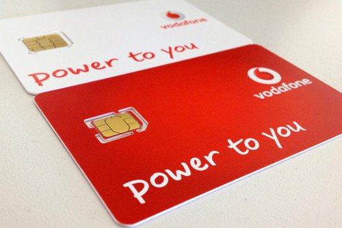 Vodafone Red Hot price plan: Lease an iPhone 5, SGS3 or Note 2 for 12 months then get next year&#39;s model. Phones, Vodafone, Tariffs 0