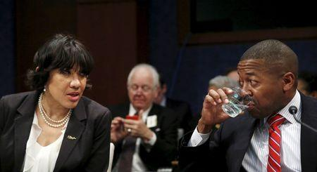 Michigan governor seeks $300 million for Flint water, Detroit schools