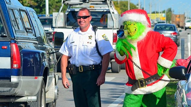 'Grinch' Runs Florida Speed Trap (ABC News)
