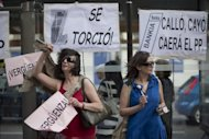 People demonstrate against banking abuses on June 02, in Madrid. Spain&#39;s weak banks need at least 40 billion euros (US$50 billion) in new capital to strengthen against severe financial shocks, the International Monetary Fund said