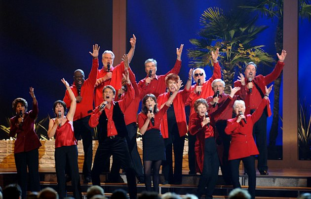 David Hasslehoff, Marilu Henner and the TV Land Glee Club perform at the 8th Annual TV Land Awards at Sony Studios on April 17, 2010 in Los Angeles, California. 
