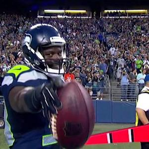 Seattle Seahawks quarterback Russell Wilson to running back Christine Michael for a 7-yard TD