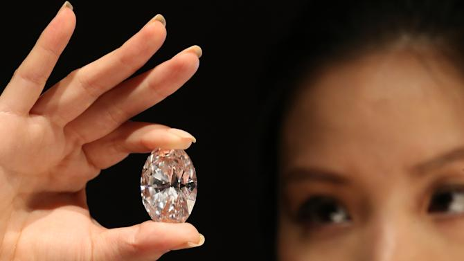 Largest Flawless White Diamond Up For Auction