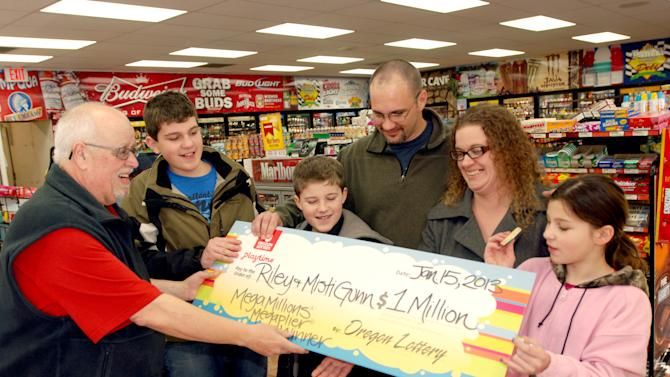 Laid-off Oregon man wins $1 million in lottery