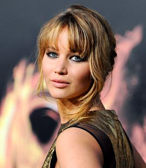 Get Jennifer Lawrence's Hunger Games Global Premiere Makeup Look!