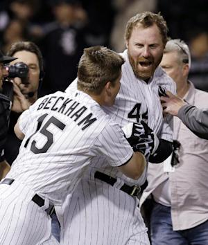 Dunn homers in 9th, White Sox beat Yankees 6-5