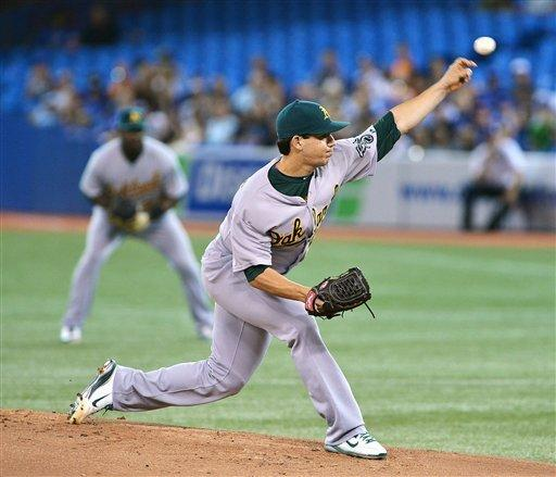 Encarnacion's 3-run HR leads Blue Jays over A's
