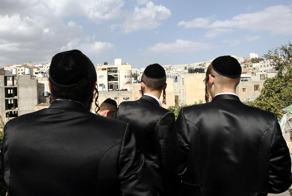 Israel extends military exemption for ultra-Orthodox Jews