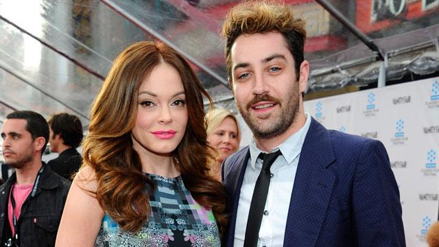 Rose McGowan Ties the Knot