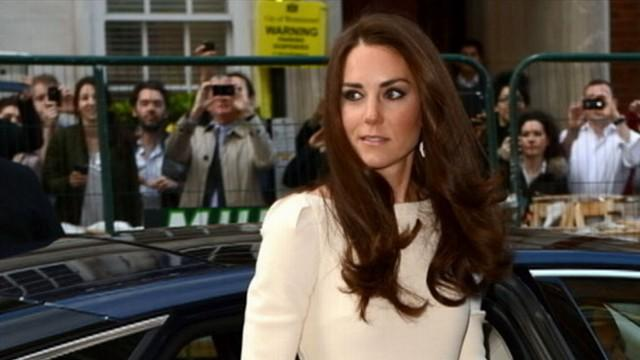 Kate Middleton Pregnancy: What Will She Wear?