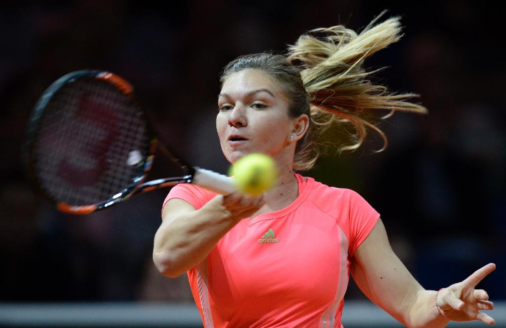 Halep ignores death threat to reach Stuttgart semis