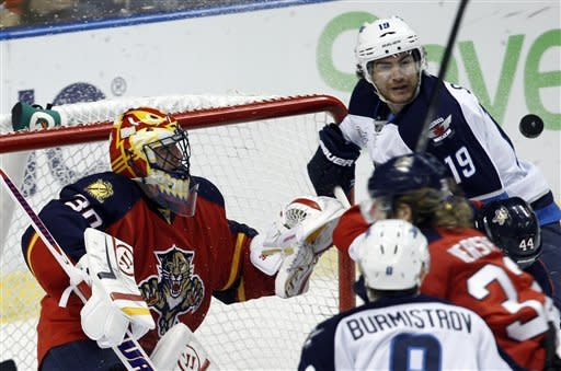Bergenheim lifts Panthers over Jets 2-1