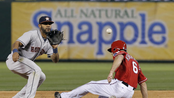 Castro's triple in 10th sparks Astros to win