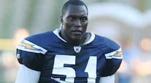 Chargers release veteran LB Spikes