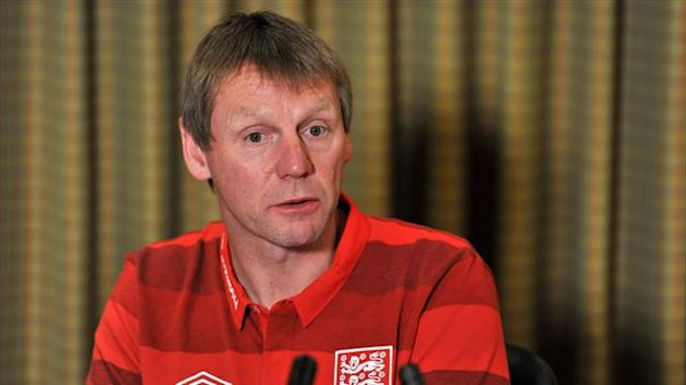 Stuart Pearce will discuss a new contract in the summer