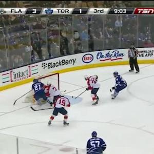 Roberto Luongo Save on James van Riemsdyk (10:59/3rd)
