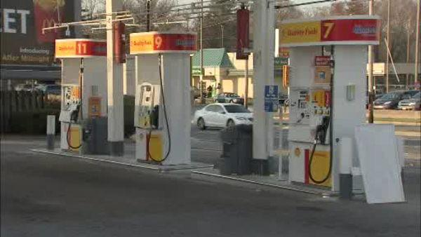 Credit card skimmers found at Wilmington gas station
