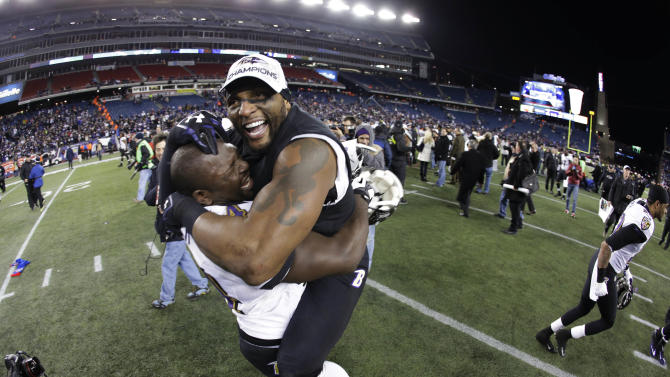 Baltimore Ravens inside linebacker Ray Lewis, right, celebrates with Vonta Leach after the NFL football AFC Championship football game against the New England Patriots in Foxborough, Mass., Sunday, Jan. 20, 2013. The Ravens defeated the Patriots 28-13 to advance to Super Bowl XLVII. (AP Photo/Matt Slocum)