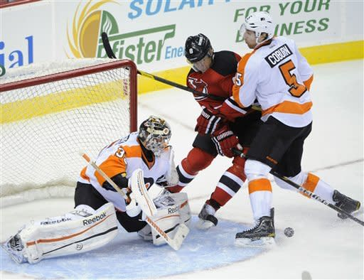 Brodeur makes 18 saves, Devils beat Flyers 4-1