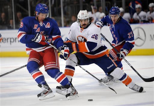 Gaborik, Biron lift Rangers to 3rd straight win