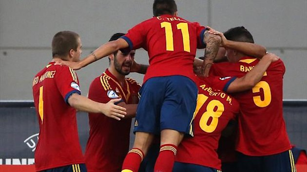 Spain U21s celebrate Rodrigo's opening goal against Norway (AFP)