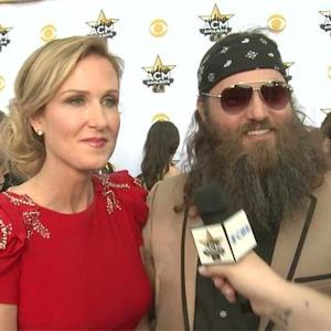 The 50th Annual ACMs - Willie and Korie from Duck Dynasty (Red Carpet Interview)