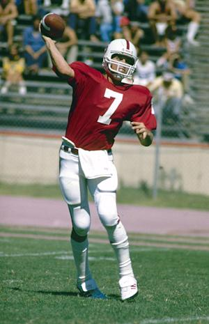 Stanford set to retire John Elway's No. 7 jersey