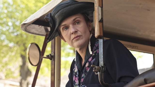 'Downton Abbey' Star Dissects The Show's Appeal