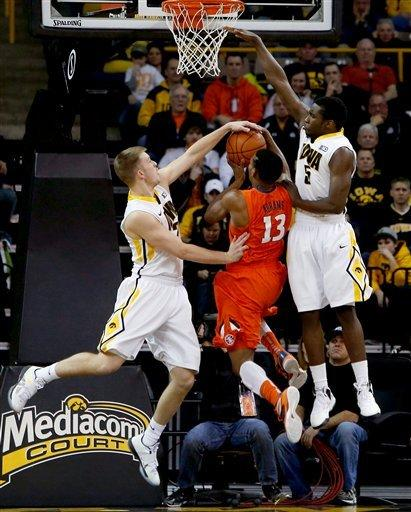 Marble leads Iowa past Illinois for 63-55 victory