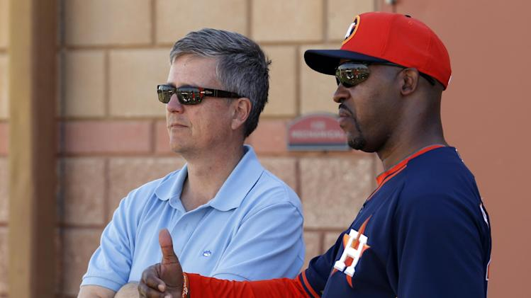Astros downplay reported friction between GM Jeff Luhnow and ma…