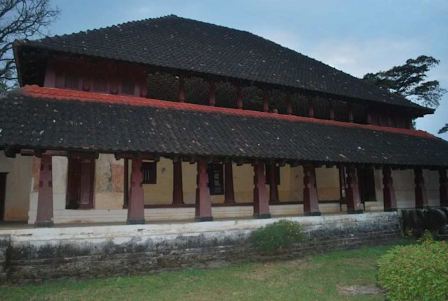 <p>The Nalknadu Aramane, the palace of the erstwhile Haleri dynasty of Coorg, now wears a forlorn look.</p>