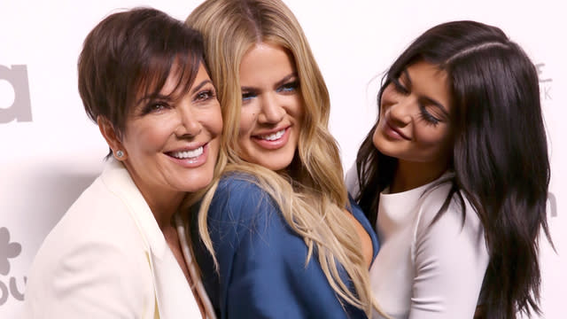 14 Reasons Why Kris Jenner is the Ultimate Momager (and Deserves to Trademark That Phrase)