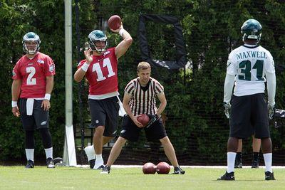 Eagles release Tim Tebow