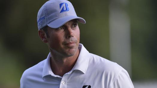 Kuchar again in contention, looking to close