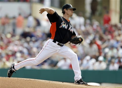 Yelich homers in 9th, lifts Marlins to win