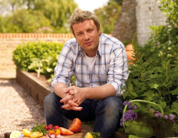 Jamie Oliver a citit prima carte din viata lui. Care este si despre ce e vorba