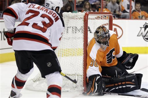 Flyers and Bryzgalov beat Devils 3-0