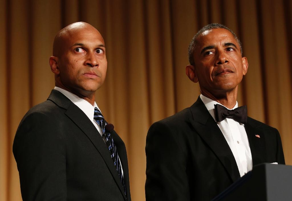 Obama pokes fun at friends and foes in dinner speech