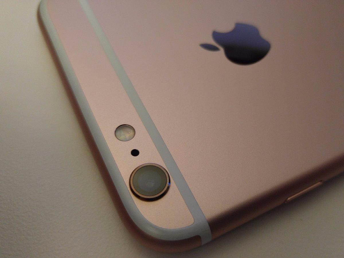 Apple is making it easier to replace your iPhone if it randomly shuts off with 30% battery