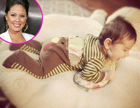 Vanessa Minnillo Dresses Son Camden in Turkey Outfit for Thanksgiving!
