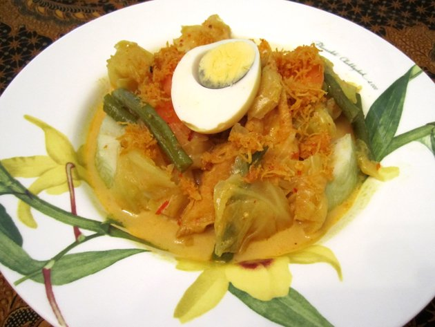 Recipe: Lontong in glorious detail