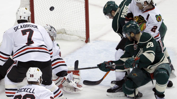 Wild barrage on Crawford beats Blackhawks 4-2