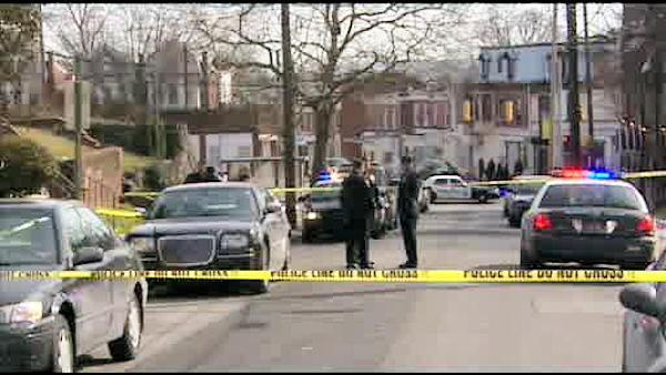 Man shot confronting burglars in his Wilmington, Del. home