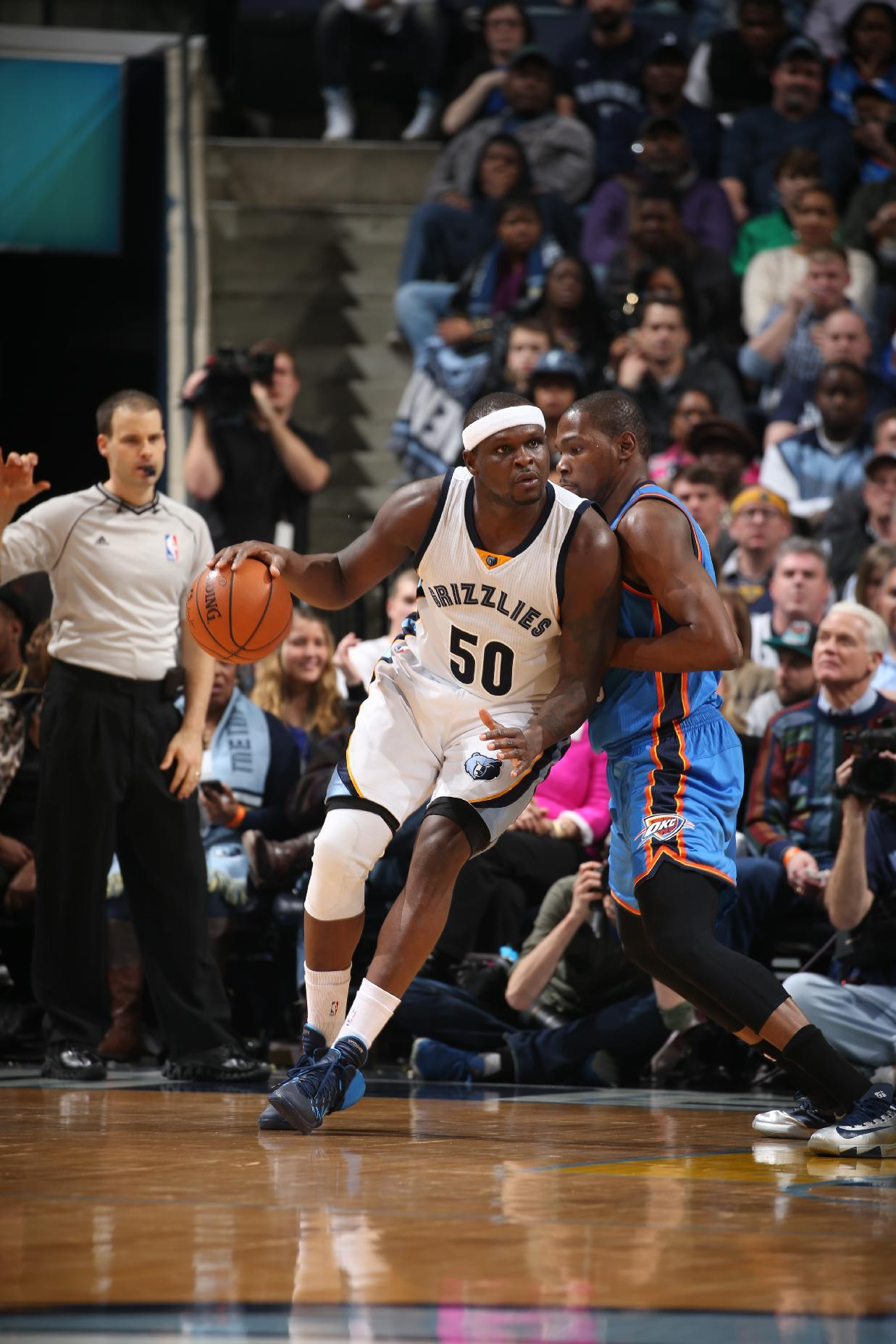 Randolph leads Grizzlies past Thunder 85-74 for 6th straight